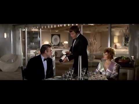 Video James bond casino royale official trailer