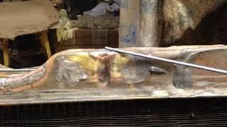 Ba'zi radiatorga pastki idishda ta'mirlash yoriqlar uchun ball