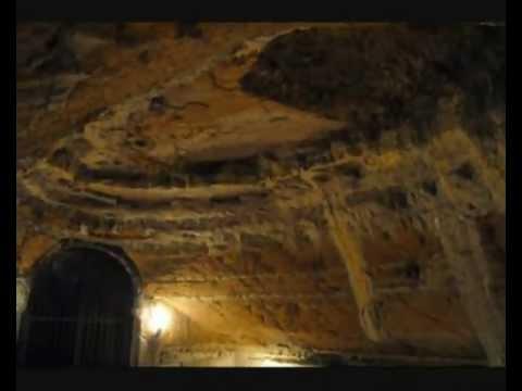 Grotte di Camerano, una Città Sotterranea