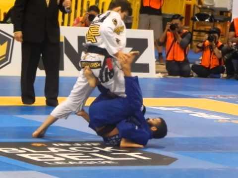 Bruno Malfacine vs Joao Miyao Roosterweight Final Mundials 2015