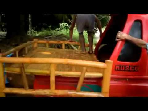 BUYING BAMBOO BED FOR THE RAG HOUSE FAMILY EXPAT...