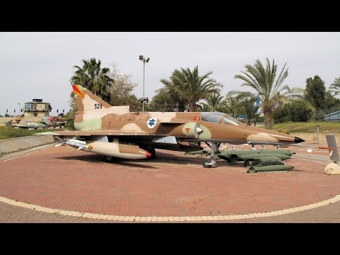 Israeli Air Force Museum, 400+