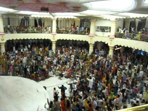 """What """"Making Life A Celebration Bhajans"""" Will Be In Gotenburg, Sweden Soon !"""