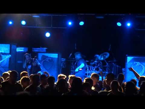 """Suicide Silence """"Cease to Exist"""" live at Starland Ballroom 2014"""