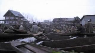 Sunrise Floating Market in Kashmir