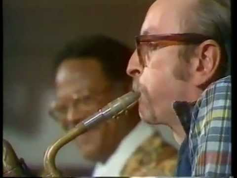 "Pepper Adams, Baritone Sax & Clark Terry - ""Straight, No Chaser"" (T. Monk), TV, Sweden, Aug. 1978"