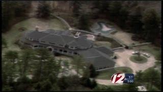 Schilling Puts Massachusetts Home on the Market