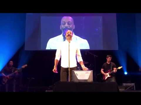 Rahsaan Patterson performs Luther Vandross classic