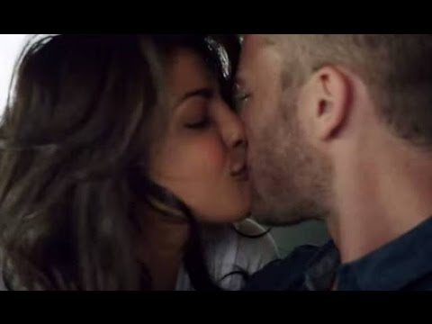 Priyanka Chopra Extraordinary Kissing