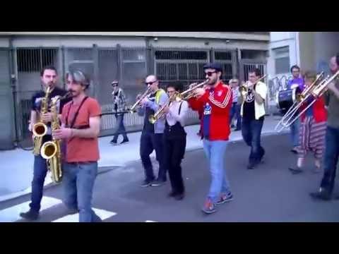 Scuola Popolare di Musica - Torino - Estratto dall'evento Funk in Porta Pila al Salone del Libro OFF
