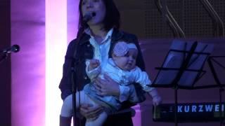 R-Voice + kids - Родился Бог(Это видео создано с помощью видеоредактора YouTube (http://www.youtube.com/editor), 2014-01-16T18:15:27.000Z)