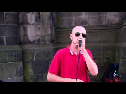Dave Crowe Beat Boxer Royal Mile Festival Fringe Edinburgh Scotland
