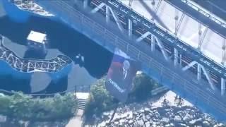 """На Манхэттенском мосту в Нью-Йорке США повесили огромный плакат с Путиным и надписью """"Миротворец""""!"""