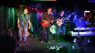 Mystic with Dennis Delgaudio playing Rocknroll Amps 46V6 Blues Senior