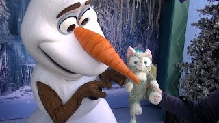 Olaf Meets Gelatoni For The First Time, Gives Warm Hug, Disney California Adventure, Disneyland 60th