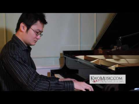 Paul Kwo plays an original avantgarde piano improv  Baffled Dawning