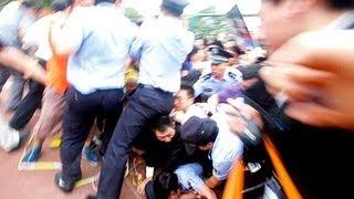 David Beckham triggers stampede in Shanghai