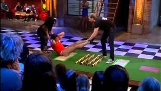 Blote billen | The Pain Game