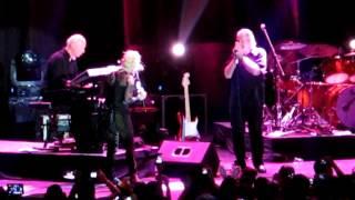 La Vie En Rose - Cyndi Lauper Live in Manila