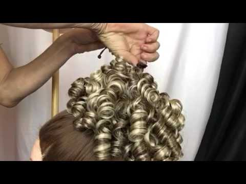 Cheer hair style barrel curl - Hairpiece attach