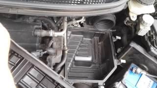 Wymiana filtra powietrza - Honda Civic VIII (UFO) 1.8 i-VTEC