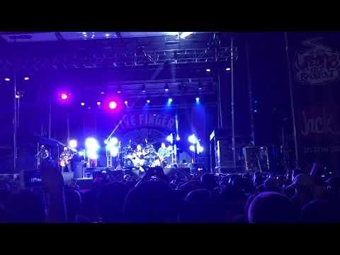 Five Finger Death Punch Lift Me Up live at Ufest 2018 Mesa Az