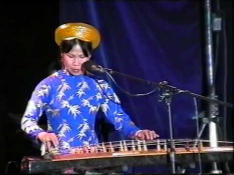 ly con sao par Phuong Oanh et Phuong Ca