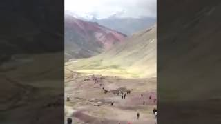 Peru :top of Rainbow mountain