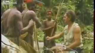 قبيلة افريقية ماعمرهم شافو أحد غيرهم