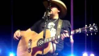 who s kissing you tonight by jason aldean des moines ia 9 6 08
