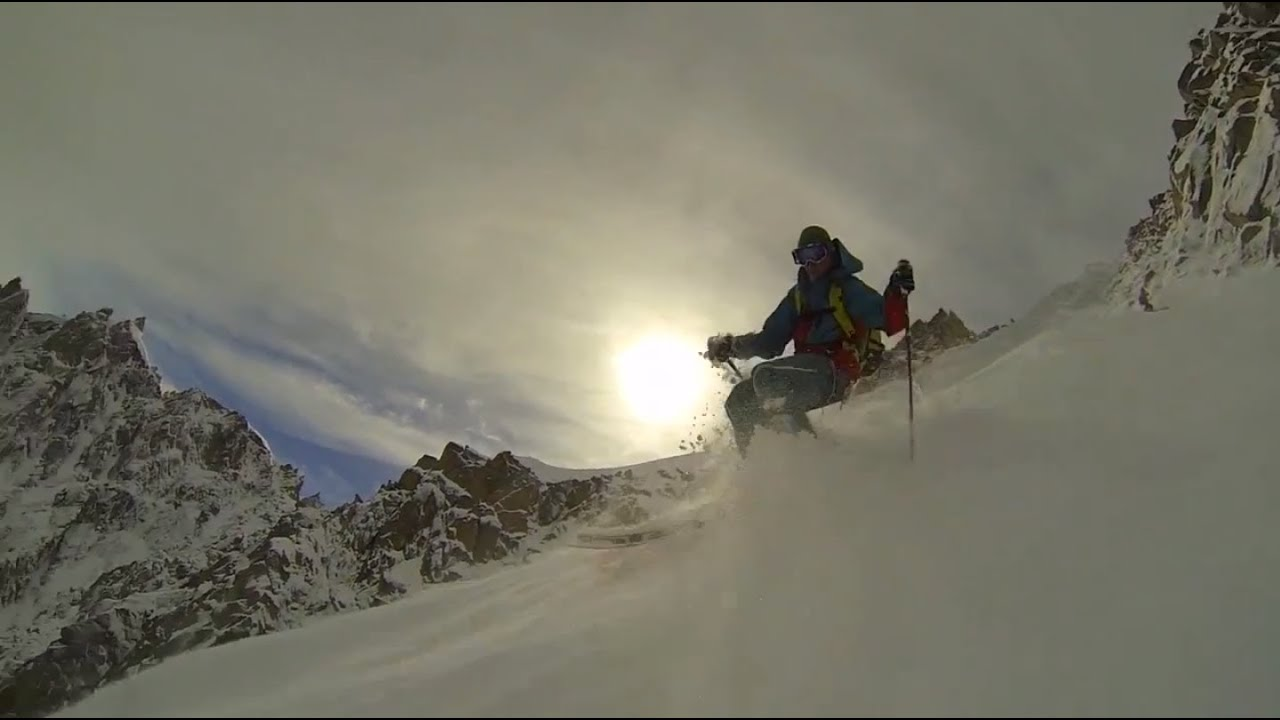 Everyone is So Freaking Extreme - Chamonix's Mallory Route, Couloir Spencer, Qui Remue