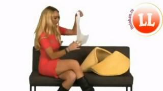 Lindsay Lohan films video greetings for Facebook!