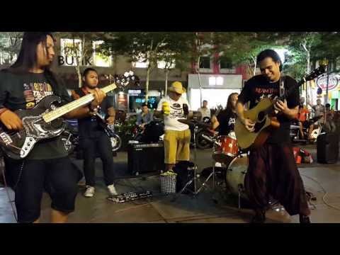 so lonely-Sentuhan buskers,mantap bertenaga cover loudness