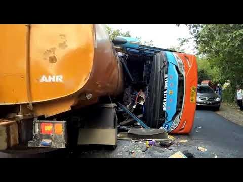 viral!!-kecelakaan-maut-di-way-tuba-lampung!!