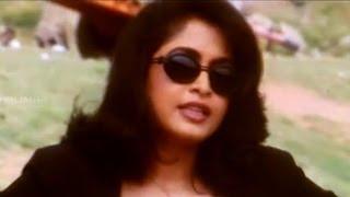 Narasimha Movie || Ramya Krishna Introduction Scene