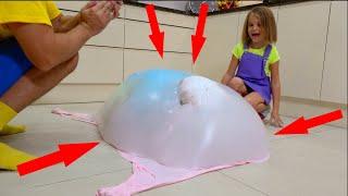 Катя спрятала Макса в пузырь из Slime лизуна и папа устроил Слайм Челлендж