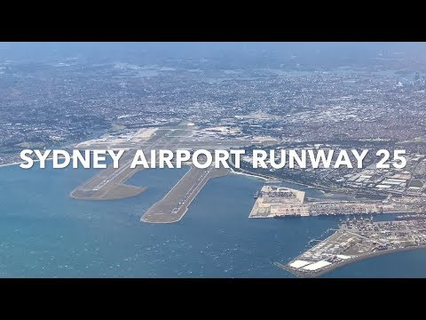 Sydney Runway Closure! Qantas A330 turbulent landing. East / West Runway 25 in heavy wind.