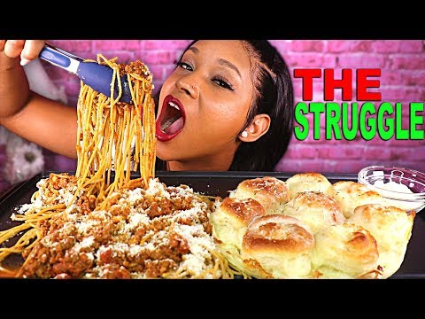 I'M STRUGGLING + CHEESY SPAGHETTI & CHEESY GARLIC BREAD (PASTA MUKBANG) | QUEEN BEAST