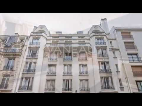 Triangle d'or. Luxury Apartment for sale in Paris 8th