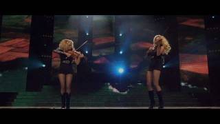 Lord Of The Dance 2011 - Violin Duel Resimi