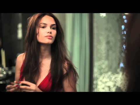 Lisalla Montenegro: Hotel Red