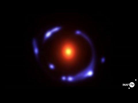 Una galassia lontanissima sotto la lente