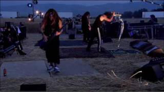 Korn - Throw Me Away [DVD Live - The Encounter]