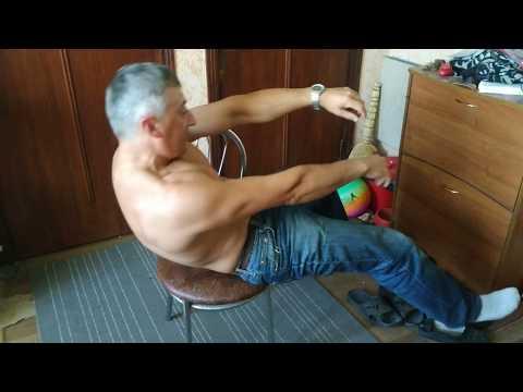 Комплекс простейших упражнений при болях в спине и сутулости