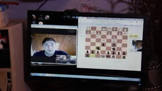 Гроссмейстер Сергей Карякин сыграл в шахматы с жителем Первоуральска