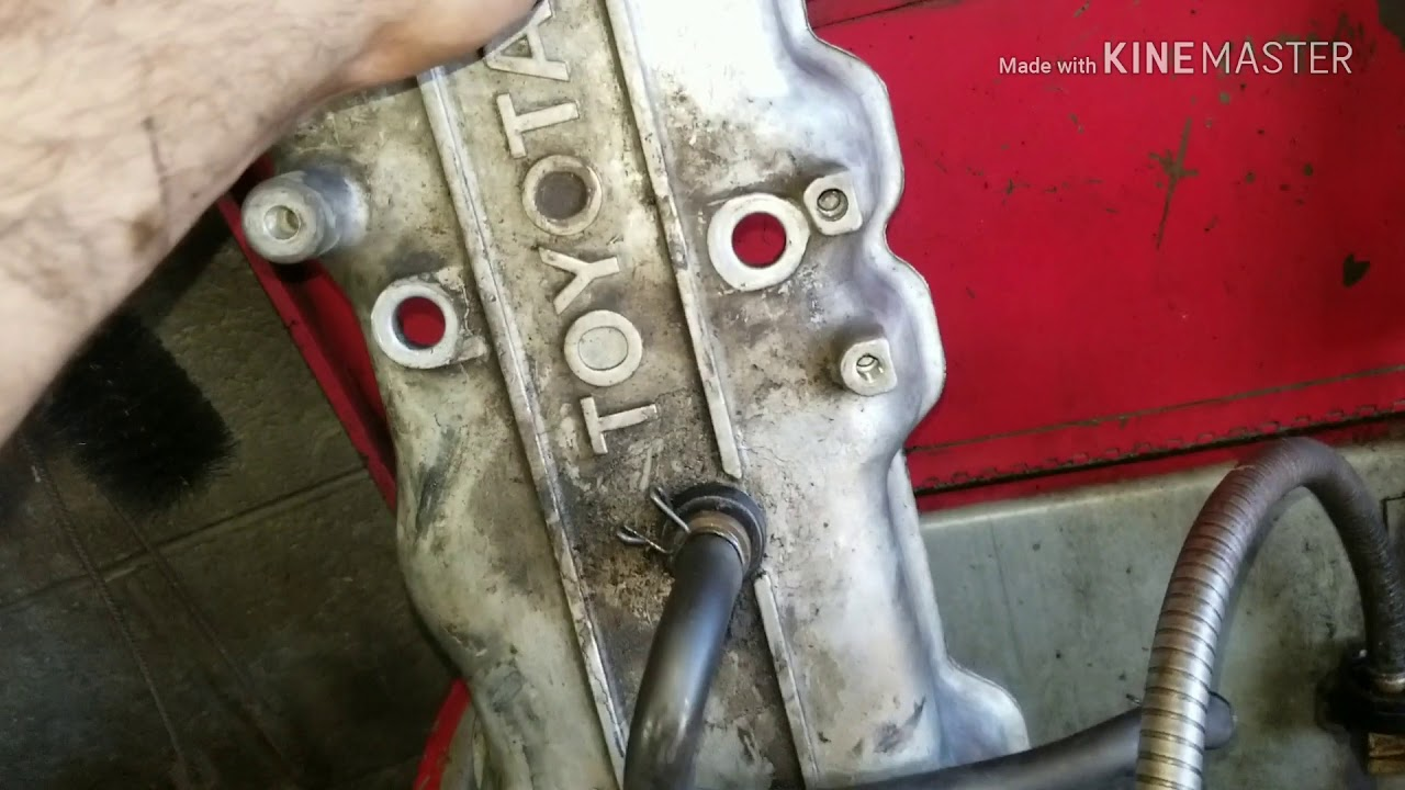How to replace the head gasket on a 85-96 Toyota 22r 22re (part 2