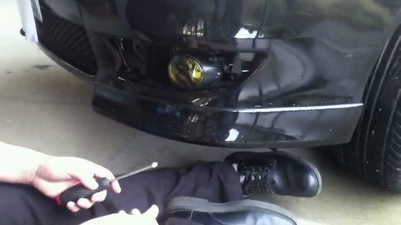 a light how replacement remove replace to brake watch bulb outlander and youtube mitsubishi