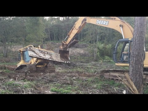 Stuck The Komatsu Dozer in the Creek! Mud Water Buried Trackhoe