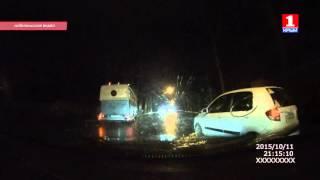 В Симферополе автобус врезался в столб