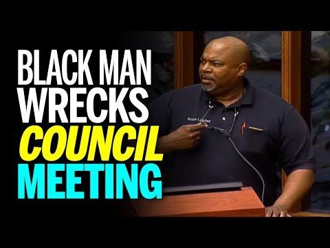 Black Man Wrecks Council Meeting With Passionate Pro Gun Speech